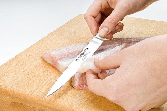 coltello per sfilettare il pesce